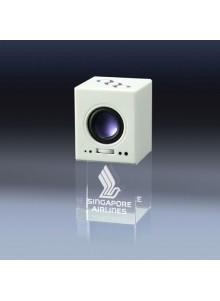 objet publicitaire - promenoch - LECTEUR MP3 Gravure laser  - Cristal - Verre lumineux